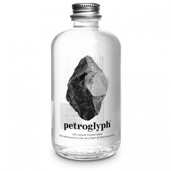 """Вода минеральная природная питьевая  столовая """"Petroglyph"""" Петроглиф 0,375л негазированная (стекло)"""