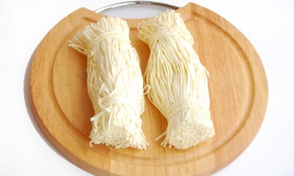 "Сыр ""Спагетти"" молочный вес"